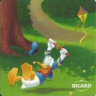 -- MAGNET BIGARD MICKEY ET SES AMIS FONT DU SPORT N° 1 - Magnets