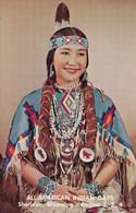 Miss Ramona Soto , Klamath Tribe , Miss Indian America IX - Indiaans (Noord-Amerikaans)
