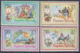 Iles Caïmanes N° 436 / 39 XX Noël, Les 4 Valeurs Sans Charnière,  TB - Iles Caïmans