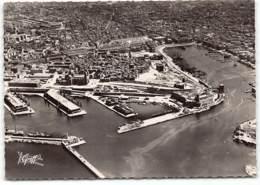 MARSEILLE -  Vue Aerienne - Les Docks Et Le Vieux Port   .   CPSM GF Edit Greff - Vieux Port, Saint Victor, Le Panier