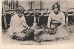 Madagascar Fabrication De Tapis Cachet Poste Maritime Marseille à La Reunion 1924 Paquebot N°1 - Madagascar