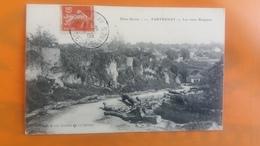 Parthenay - Les Vieux Remparts - Parthenay