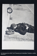 Clochard Endormi Sur Le Sol - Tramp Asleep On The Floor - Postkaarten