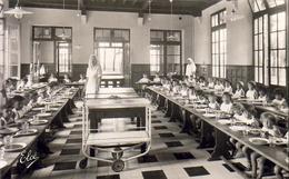 D33  ARÈS  Aérium  Fondation Wallerstein Réfectoire Des Petits ( Année 1926) - Arès
