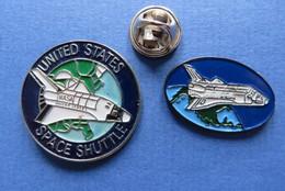 2 Pin's, NASA UNITED STATES SPACE SHUTTLE - Ruimtevaart