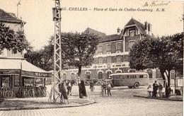CHELLES PLACE ET GARE DE CHELLES GOURNAY (AUTOBUS) - Chelles