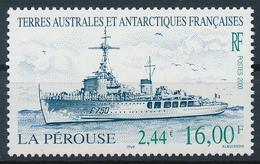 TAAF  -  2000  ,  Kriegsschiff  La Perouse - Terre Australi E Antartiche Francesi (TAAF)