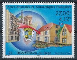 TAAF  -  2000  ,  Verwaltungsgebäude  St. Pierre (Reunion) - Terre Australi E Antartiche Francesi (TAAF)