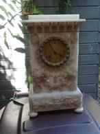 Ancienne Horloge En Albatre 1886 - Other Collections