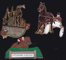 65301-Lot De 3 Pin's.Courses Hippiques.équitation.Cheval.Jeux.PMU - Games