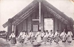 Nieuw Zeeland  New Zealand Main St FOxton R. Hunt   Tamatekapua Poi Dance     M 3136 - Nueva Zelanda