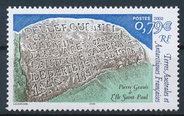 TAAF  -  2002  ,  Stein Mit Eingravierter Schrift - Nuovi