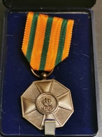 Luxembourg Médaille, Ordre De La Couronne Et Chêne. Bronze - Jetons & Médailles