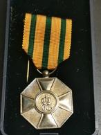 Luxembourg Médaille, Ordre De La Couronne Et Chêne. Argent - Jetons & Médailles