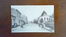 CARTE POSTALE ANCIENNE- GIRONDE 33 - PODENSAC - RUE DE LA GARE - ANIMEE - Other Municipalities