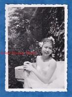 Photo Ancienne Snapshot - Beau Portrait D'une Jeune Fille Chinoise - Mignonne Cute Pose Robe Chinese Girl Enfant - Foto