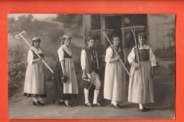 IKA-33  Fotokarte. Trachten, Theater. Nicht Gelaufen. Foto Grau Zug - ZG Zoug