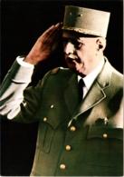 CPM Ou CPSM Le Général Charles De Gaulle Saluant TBE Né à Lille Le 22/11/1890 Et Décédé à Colombey Le 9/11/1970 CIM - Politieke En Militaire Mannen