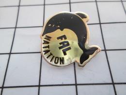 516b Pin's Pins / Beau Et Rare / THEME : SPORTS / NATATION CLUB FAL DAUPHIN NOIIR - Natation