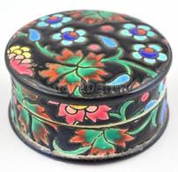 Longwy Virágmintás Porcelán Bonbonier, Kézzel Festett, Kopásnyomokkal, Jelzett, D: 9 Cm, M: 4,5 Cm - Porselein & Ceramiek