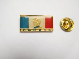 Beau Pin's , Armée Militaire ,  Anciens Combattants , Harkis , Algérie - Militares