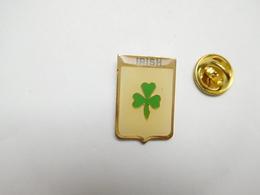 Beau Pin's , Irish , Irlande , Blason - Städte