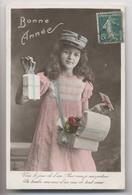 Petite Factrice - Boite Aux Lettres - Facteur - BONNE ANNÉE - 1910 - Animée - Postal Services