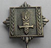JNA, VOJNO INTENDANTSKA  AKADEMIJA MILITARY  ACADEMY  JUGOSLAVENSKA ARMIJA YUGOSLAV ARMY PINS BADGES S - Militares