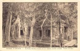 Cambodja      Ruines  Angkor Vath  . Ta Prohm, Pavillon D'entree De La 2e Galerie       M 3158 - Cambodia