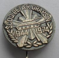 JNA, SCOJP PETAR DRAPSIN  TANK PANZER  MILITARY ACADEMY  JUGOSLAVENSKA ARMIJA YUGOSLAV ARMY PINS BADGES S - Militares