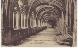 43 ( Haute Loire  ) - Abbaye De LA CHAISE DIEU - Le Cloitre ( XIV Siecle ) - La Chaise Dieu