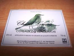Etiquettes Vin Wine Label Oiseau Bird Pajaro Vogel Coteaux Du Vendomois Chant Grives 41100 Villiers Sur Loire - Plumas
