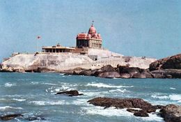 1 AK Indien *  Vivekananda Rock Memorial Auf Einer Insel Vor Der Stadt Kanyakumari Am Südlichsten Punkt Indiens * - Inde