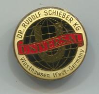 UNIVERSAL Germany - Dr. Rudolf Schieber KG, Maschinenfabrik, Vintage Pin Badge, Abzeichen - Marques