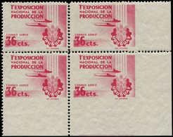 ** URUGUAY - Poste Aérienne - 149, Bloc De 4 Cdf, 1 Ex. Non Dentelé En Bas, 1 Ex. 2 Cotés, 1 Ex. Non Dentelé à Droite: 3 - Uruguay