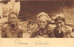 Chanoinesses Missionnaires De St-Augustin - Trois Femmes Indigènes Fumeuses De Pipes - Missions