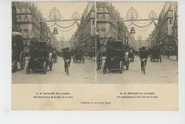 """PARIS - S.M. EDOUARD VII A PARIS - Les Décorations De La Rue De La Paix - Carte STEREO """"Le Merveilleux """" - France"""