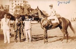 """EGYPTE- ALEXANDRIE- Champ De Courses Propriétaires Cheval """"JULIE"""" Et Son Jockey. Carte Photo Zachary's Press Agency - Horse Show"""
