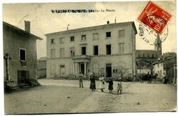 CPA 69 Rhône Saint-Laurent-de-Mure (en Surcharge De St Bonnet De Mure) En Isère En 1913 / Mairie, église, Carriole - France