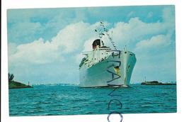 Le Paquebot Franconia Franchissant Le Passage Two Rock, Hamilton, Bermudes. - Paquebots