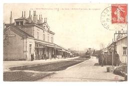 21 - MONTBARD (Côte D'Or) - La Gare - Arrivée D'un Train De Voyageurs - Montbard