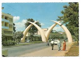 CPSM DEFENSES GEANTES A MOMBASA, GIANT TUSKS, KENYA - Kenya