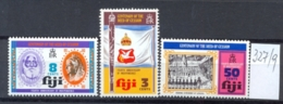 FIDSCHIINSELN -  327/9  Unabhängigkeit  Kpl.postfr - Fiji (1970-...)
