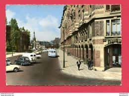 CPSM  (Réf : X542) 59.599.49 -  TOURCOING (59 NORD) Avenue Gustave-Dron. (animée, 4 Cv, Citroen DS Vieux Bus) - Tourcoing