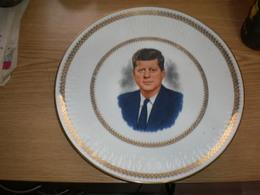 JF Kennedy. Winterling Röslau Bavaria Old Porcelain Plate  Diameter 27 Cm - Winterling (DEU)