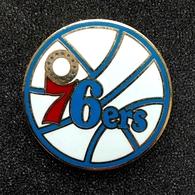 PHILADELPHIA  76ers - N B A  Basketball Club Pins. - Basketball