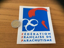 AUTOCOLLANT, Sticker «FFP - FEDERATION FRANÇAISE DE PARACHUTISME» - Pegatinas