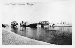 Egypte Egypt  Suez Canal  Ferdane Bridge Boat Ship Photo Foto    M 3446 - Suez