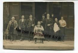 - Carte Photo, Devant Le Magasin, Maison Bayon, Rue Pecher ?, Patron Et Son Chien Blanc, Employés?, , BE, Scans . - Negozi