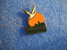 992   PINS Pin's COLOMIERS    31 Oiseau Ville - Cities